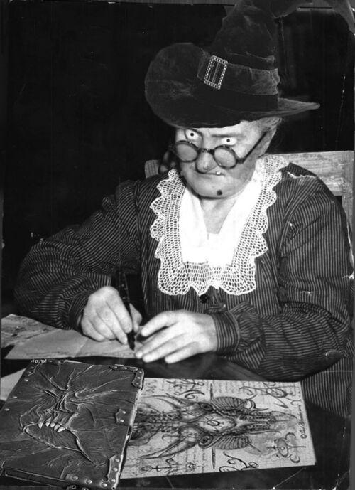 Leonarda Cianciulli studia Arti Oscure.jpg
