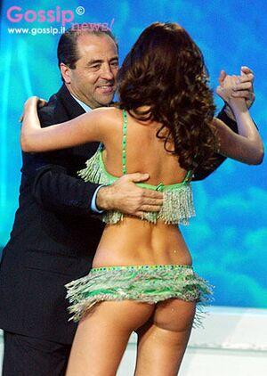 Antonio di pietro balla con aida yespica.jpg