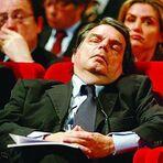 Brunetta dormiente.jpg