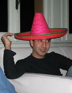 Uomo con cappello.jpg